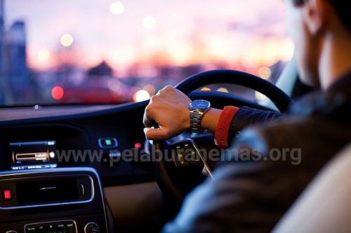 Pendapatan aktif Grab Car